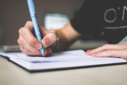 depth-of-field-desk-essay-210661